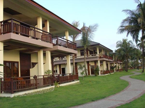 Sunny Paradise Resort Beachfront Ngwesaung Beach