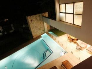 LaLuxe Bed & Breakfast Durban - Swimming Pool from the Balcony