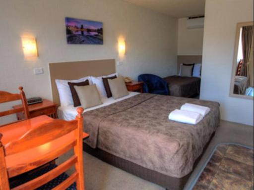 Apple & Grape Motel hotel accepts paypal in Stanthorpe