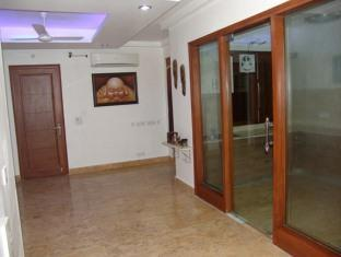 Skylink Suites Bed & Breakfast New Delhi and NCR - Hotel Interior