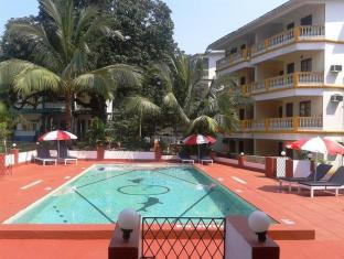 Royal Mirage Beach Resort North Goa - Swimming Pool