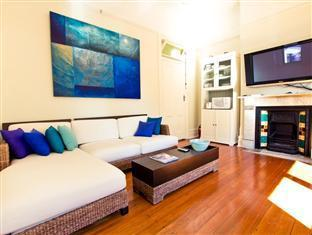 Manly Beach Bed & Breakfast & Executive Apartments Sydney - Bed & Breakfast Guest Lounge