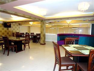 U E Guest House & Restaurant Phnom Penh - Restaurant View
