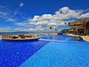 Philippines Hotel Accommodation Cheap | The Bellevue Resort Bohol - Swimming Pool