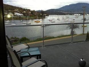 Bay Edge House Hobart - View
