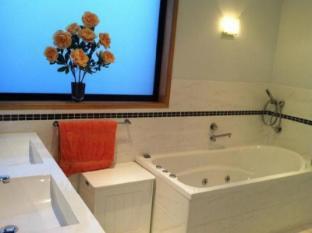 Bay Edge House Hobart - Bathroom