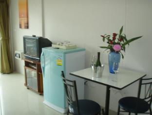 JJ&J Patong Beach Hotel Phuket - Hotellin ulkopuoli