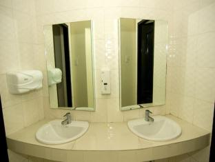 Arabelle Suites Bohol - Baño