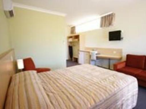 Adelaide Road Motor Lodge hotel accepts paypal in Murray Bridge