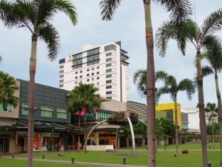 Philippines Hotel Accommodation Cheap | Seda Bonifacio Global City Manila - Facade