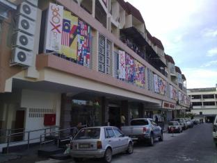 360 Xpress Citycenter Budget Boutique Hotel Kuching - Exterior
