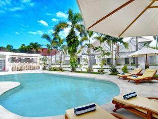 Kutaville Villa Bali - Swimming Pool