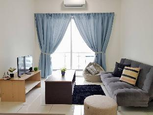 Puchong 11 Pax IOI Mall LRT Cozy Apartment Skypod