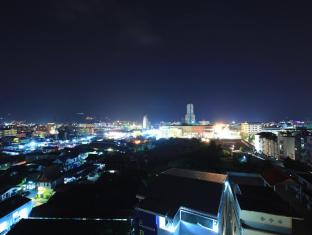 88 Hotel Phuket - Patong night view