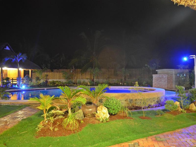 ヴェラネアンテ リゾート (Veraneante Resort)