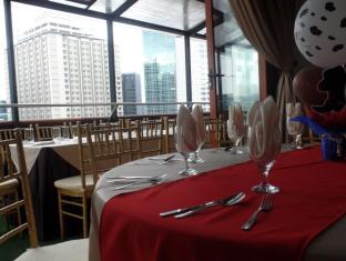 WellCome Hotel Cebu City - The Wellcome's Roof Deck