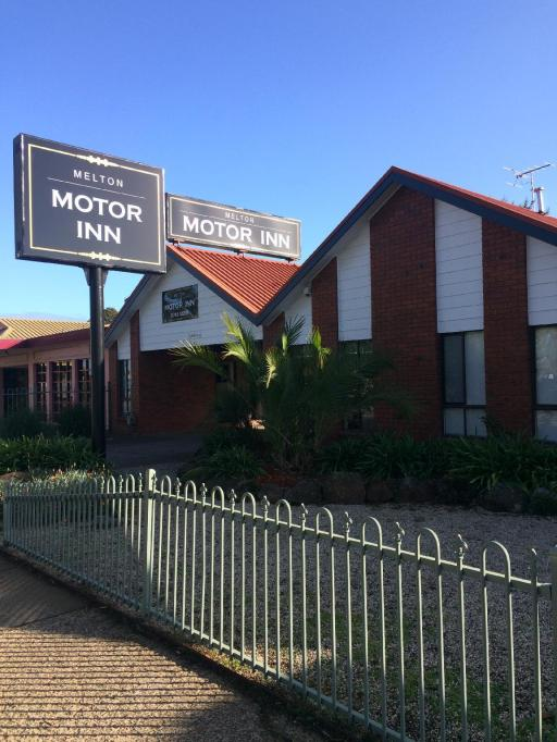 Hotel in ➦ Melton ➦ accepts PayPal