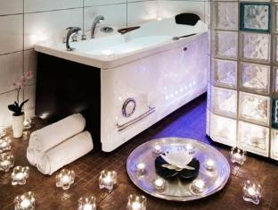 퍼스트 호텔 레이즌 스톡홀름 - 화장실