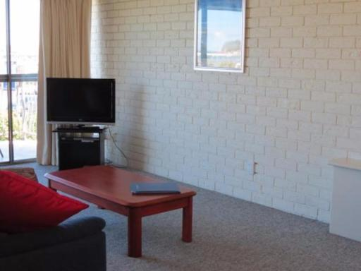Penguin Mews Holiday Apartments hotel accepts paypal in Merimbula