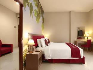 Kuta Central Park Hotel Bali - Suite room