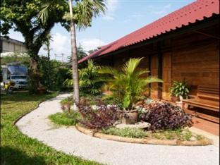 booking Fang Little Home Resort hotel