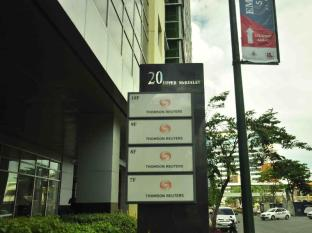 The Fort Budget Hotel - Bonifacio Global City Manila - Mc Kinley Hill Offices