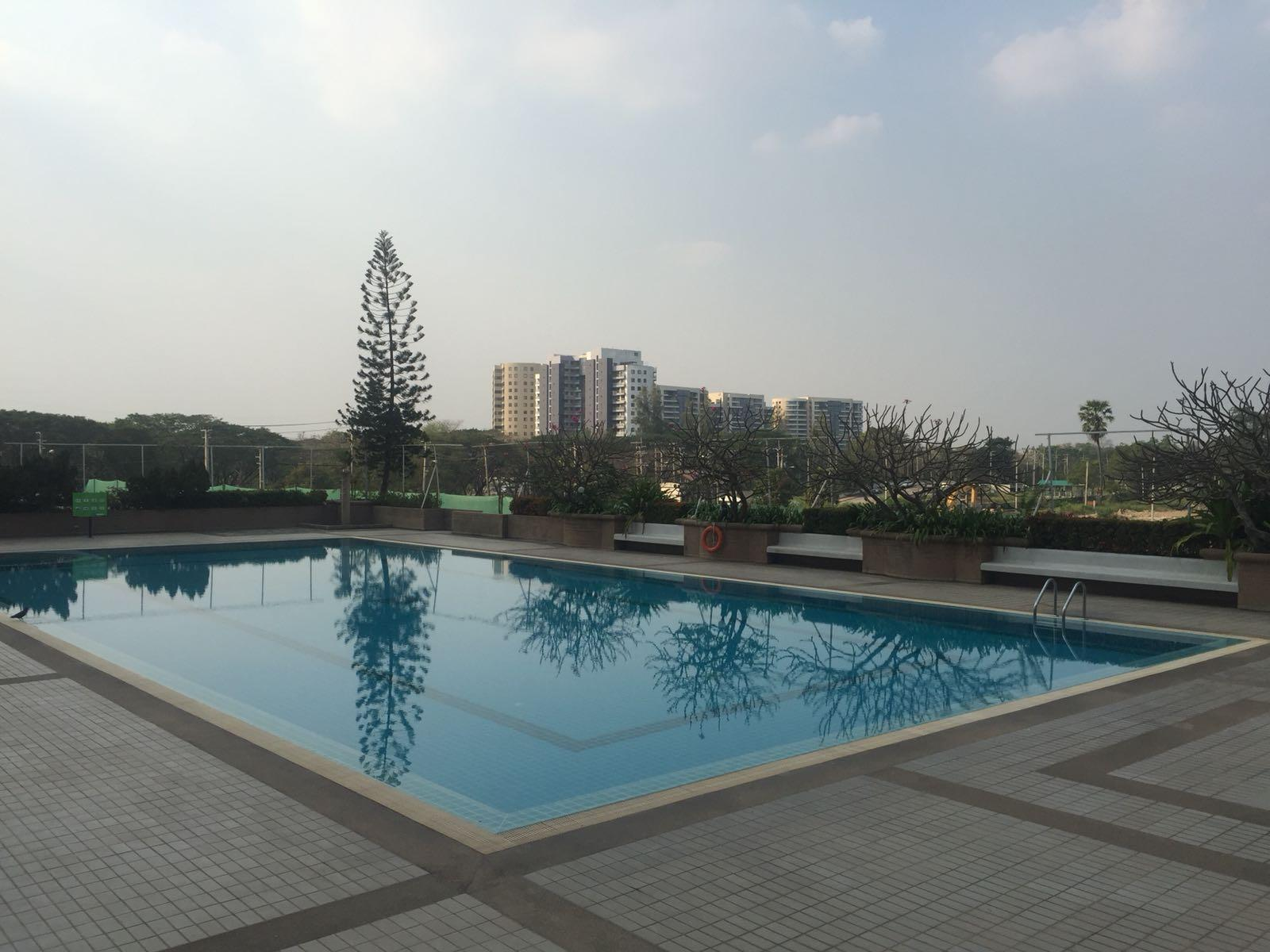 Nouvelle Condominium Thanacity Golf and Sport Club