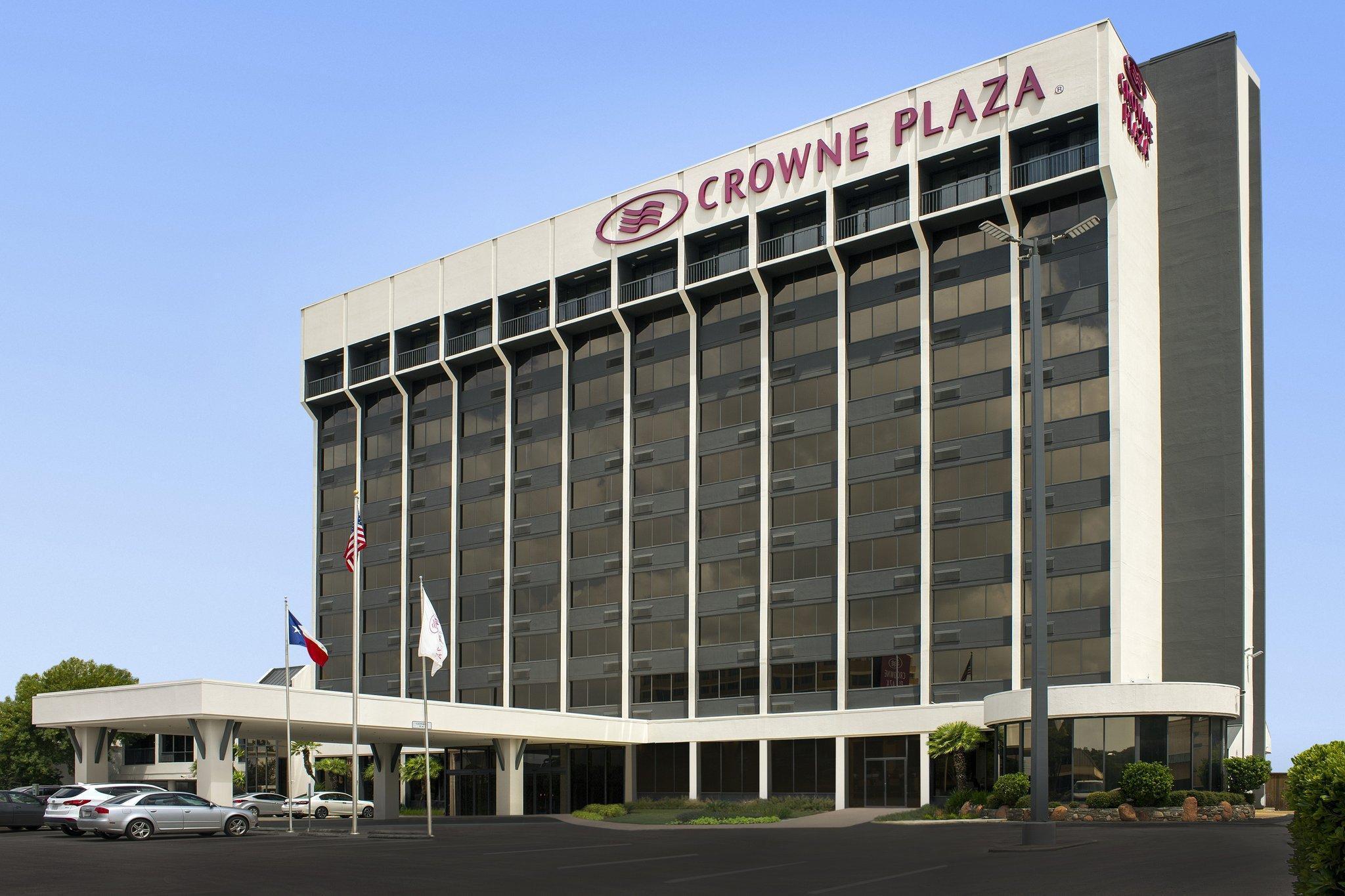 Crowne Plaza Hotel San Antonio Airport image