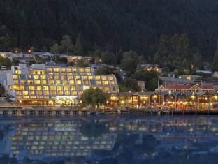 Crowne Plaza Queenstown Hotel
