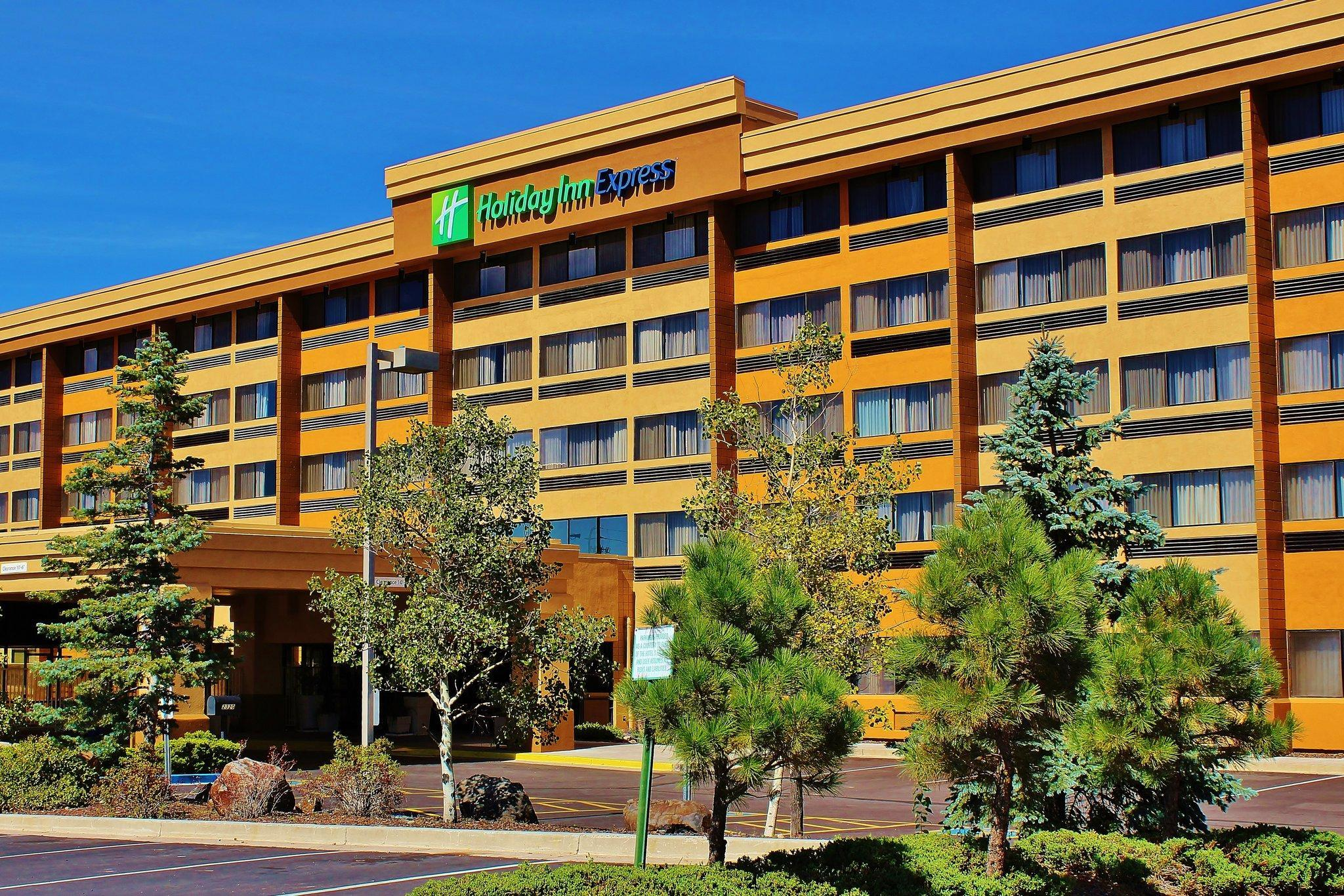 Holiday Inn Express Flagstaff image
