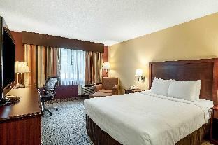room of Clarion Hotel Seattle Airport