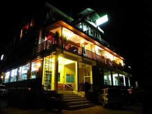 โรงแรมศรีทองกุล ริเวอร์ไซด์