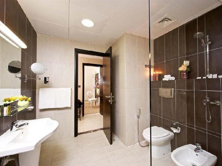 The Royal Riviera Hotel Doha photo 3