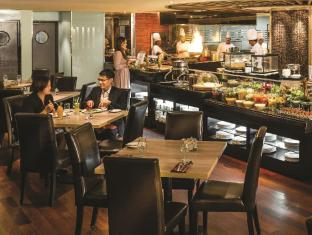 PARKROYAL Kuala Lumpur Kuala Lumpur - From Malaysian specialties to International favourites, only the freshest produce and most authentic cooking styles are used at Chatz Brasserie