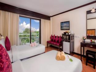 The Front Village Hotel Phuket - Seafront Superior
