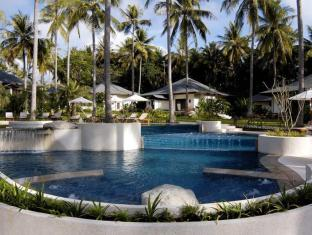 The Racha Phuket Resort Пхукет - Бассейн