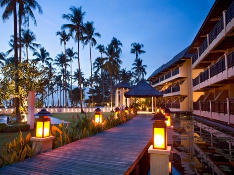 โรงแรมดิ เอ็มเมรัล โคฟ เกาะช้าง