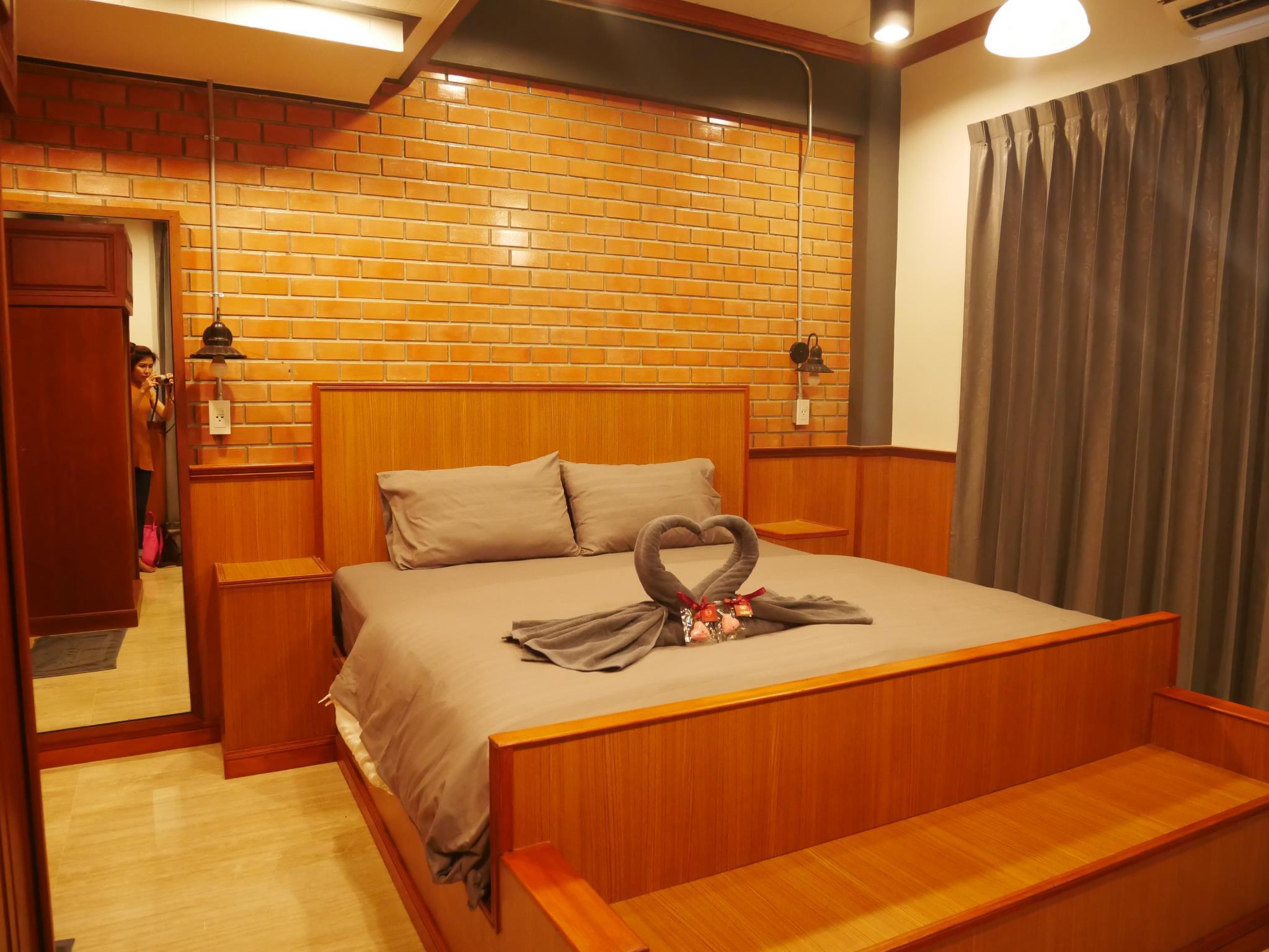 อพาร์ตเมนต์ 19 ห้องนอน 19 ห้องน้ำส่วนตัว ขนาด 15 ตร.ม. – เพชรบุรี