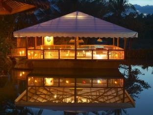 Badian Island Wellness Resort Badian - Floating Game House