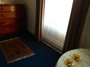 Elegant House Bed and Breakfast Liverpool - Interior