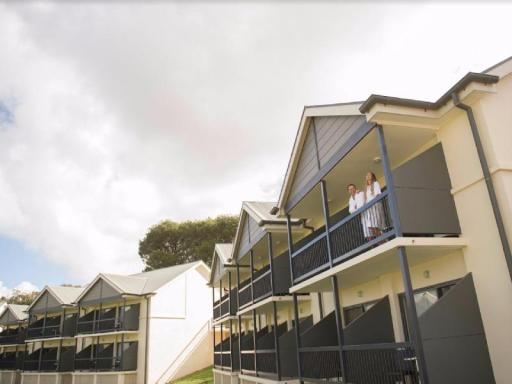 Best guest rating in Barossa Valley ➦ Barossa Weintal Hotel Complex takes PayPal
