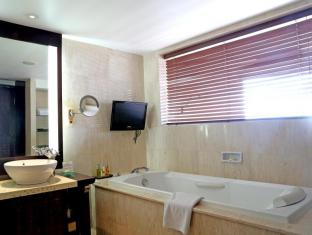 Ramayana Resort & Spa Bali - Club Double or Twin Room