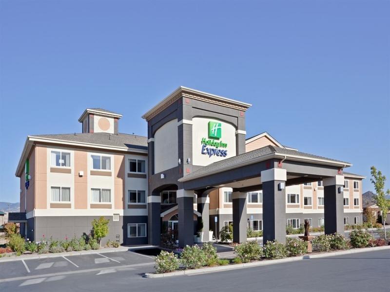 Holiday Inn Express Hotel & Suites Ashland image