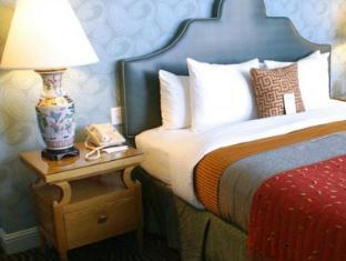 room of Carriage Inn