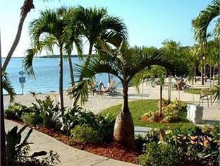 Howard Johnson Resort Key Largo (FL) - Beach