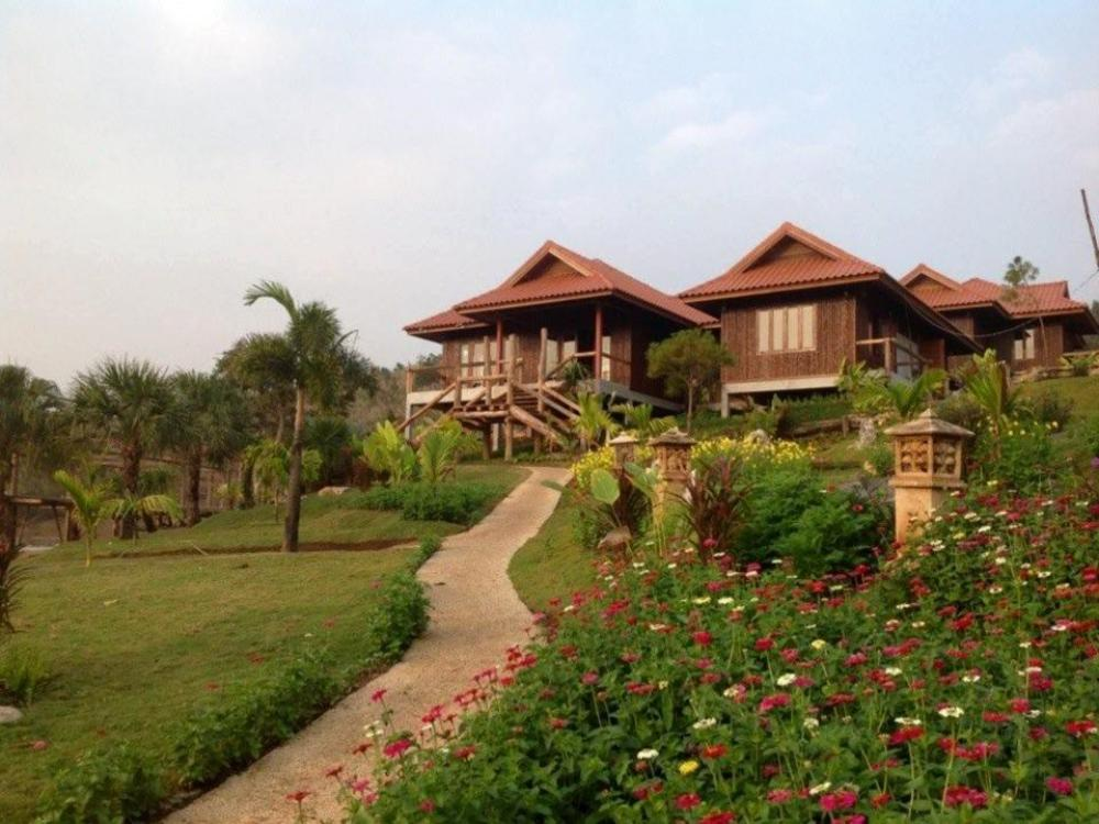 Maan Mek Talay Mok Resort
