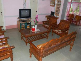 Nam Khae Mao Guest House Hsipaw - Lobby