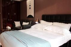 Paires|A1318 Chicago Style Apt near Global Center, Chengdu
