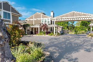 UpValley Inn & Hot Springs an Ascend Hotel Collection Member