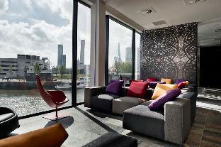 Mainport Design Hotel